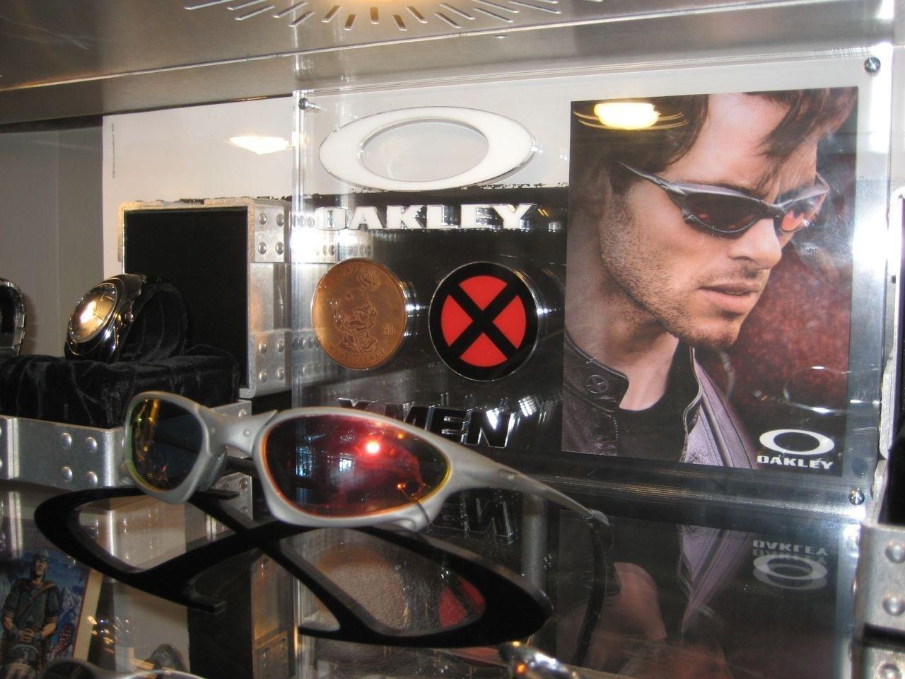Moved Into My NEW TRIPLE WIDE Oakley Display Case! - oak39.jpg