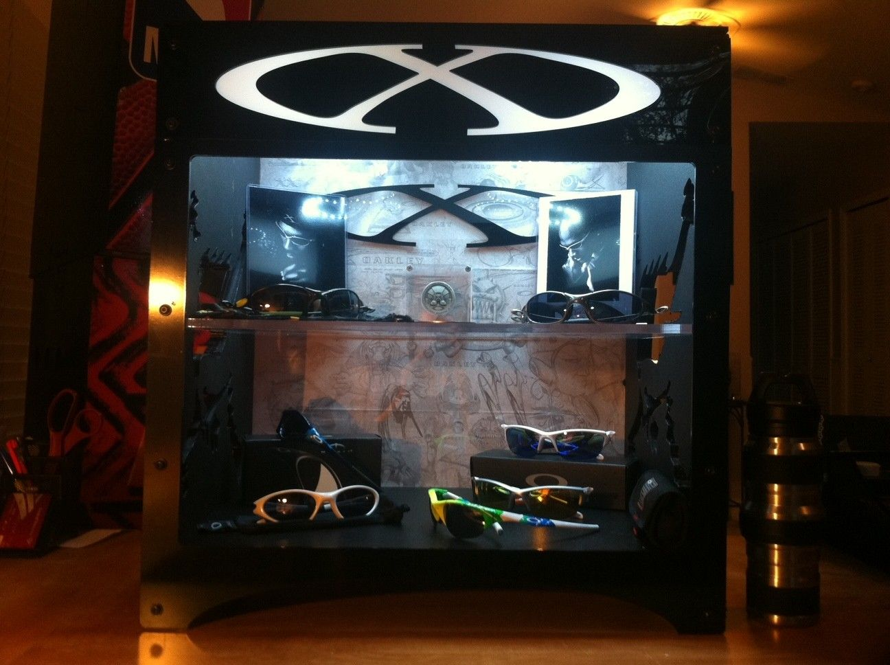 My DIY Oakley X-Metal CUBE Display Case - oakcase7.JPG