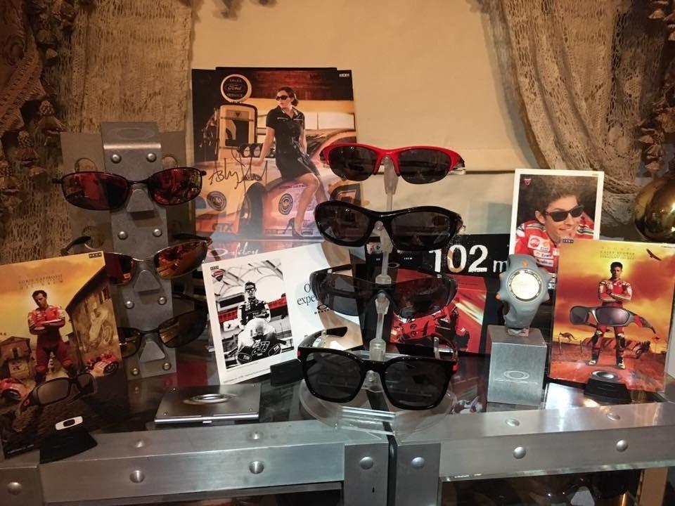 Oakley Ducati Collection.... - oakduc2.jpg