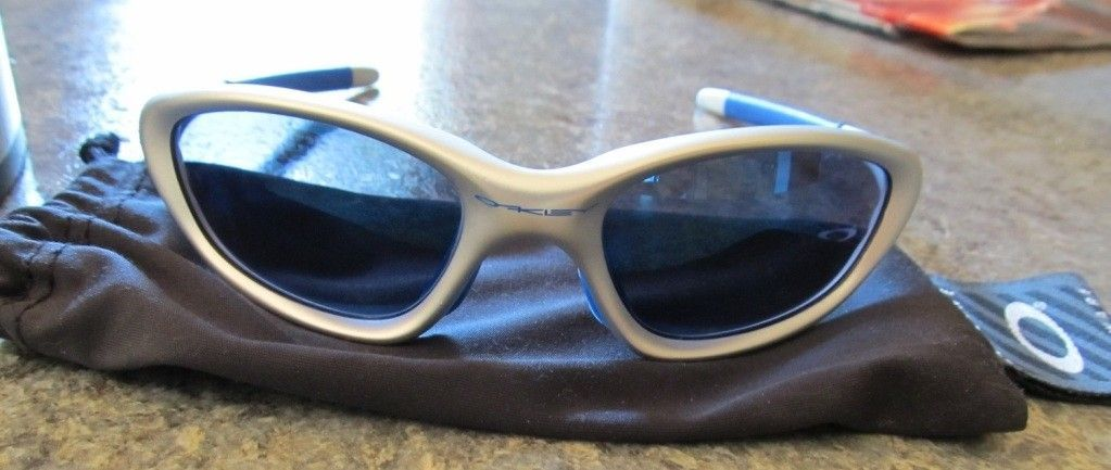 Vintage XX Oakleys, What Are They Worth? - oakely2.jpg