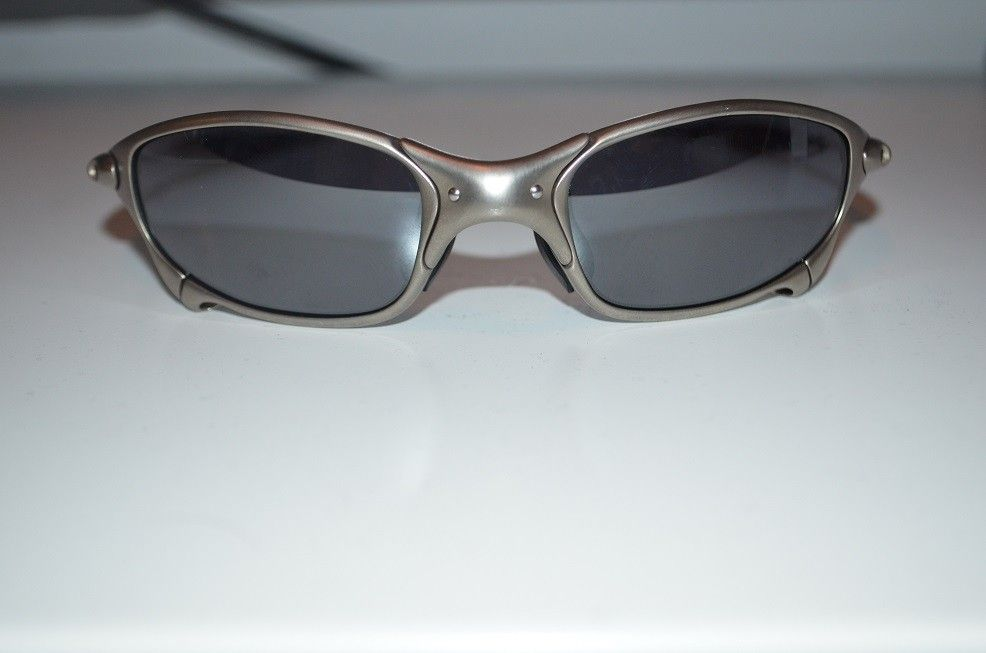 New pair of Juliets. I need some opinions - oakley 2.jpg