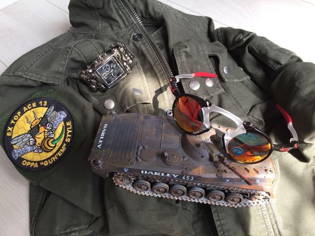 V2oak's 16th DIY: Custom 453 Tank/ Det-Cord Si-Pack Project - Oakley%20Tank%20Replica_zpsyyatd9dt.jpg