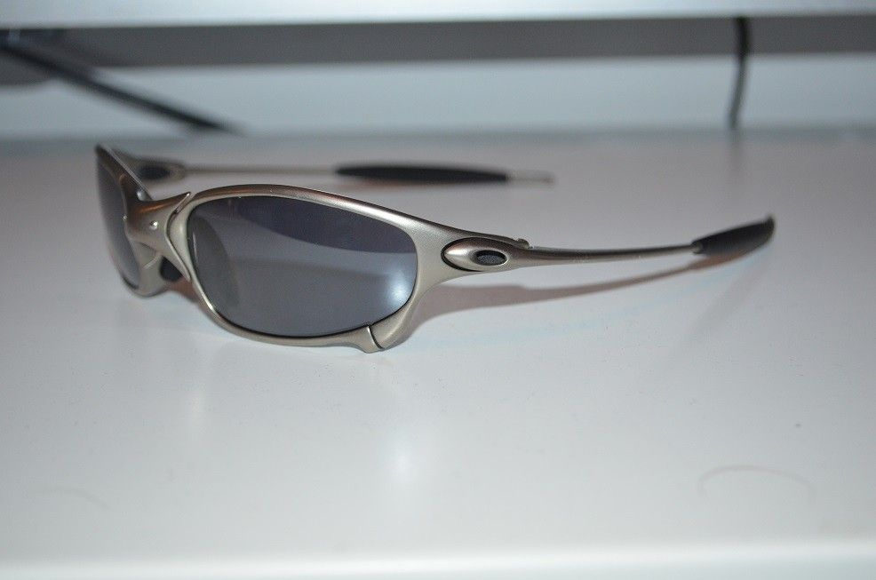 New pair of Juliets. I need some opinions - oakley 3.jpg