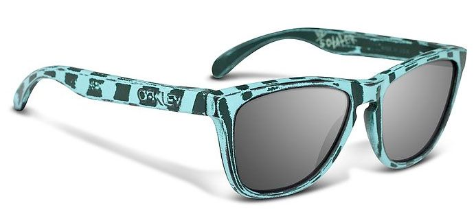 2 Petterson's just popped up for Sale -  Whoa! - oakley-andrew-petterson-frogskins-2.jpg