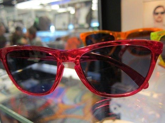 Frogskins: ACID RAIN Series... - Oakley-Frogskins-Sunglasses-2011-01.jpeg