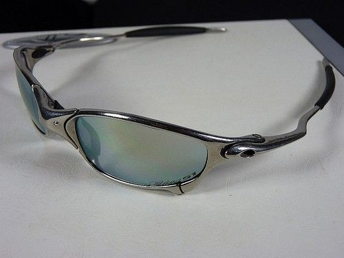 Difference between Oakley juliet and XX - Oakley Juliet Polishet Ichiro 51.jpg