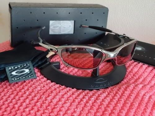 Difference between Oakley juliet and XX - Oakley Juliet VR28 Polished.jpg