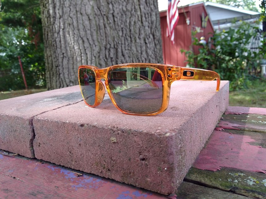 oakley orange.jpg