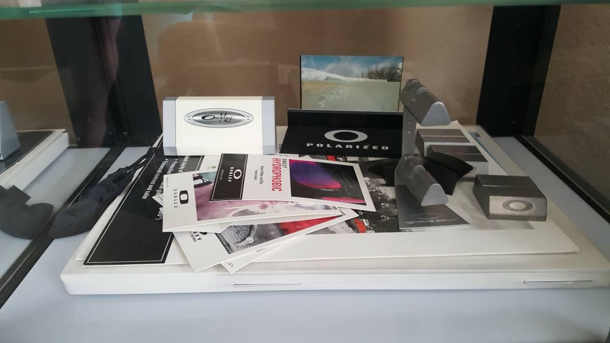 display case accessories - oakley stuff.jpg