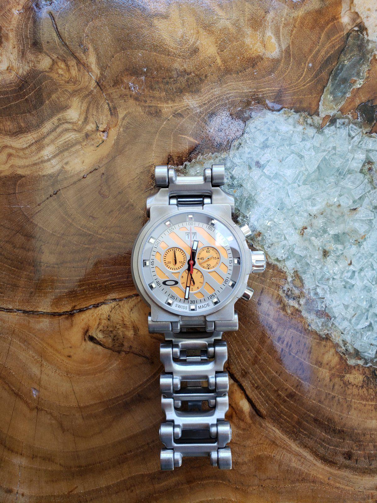 Oakley Watch 8 (1).jpg