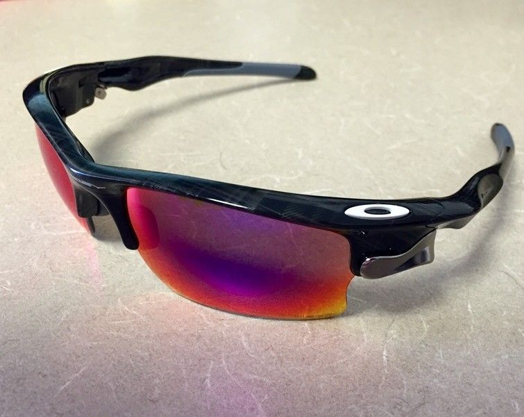 Stopped by the O store... - oakley2.jpg