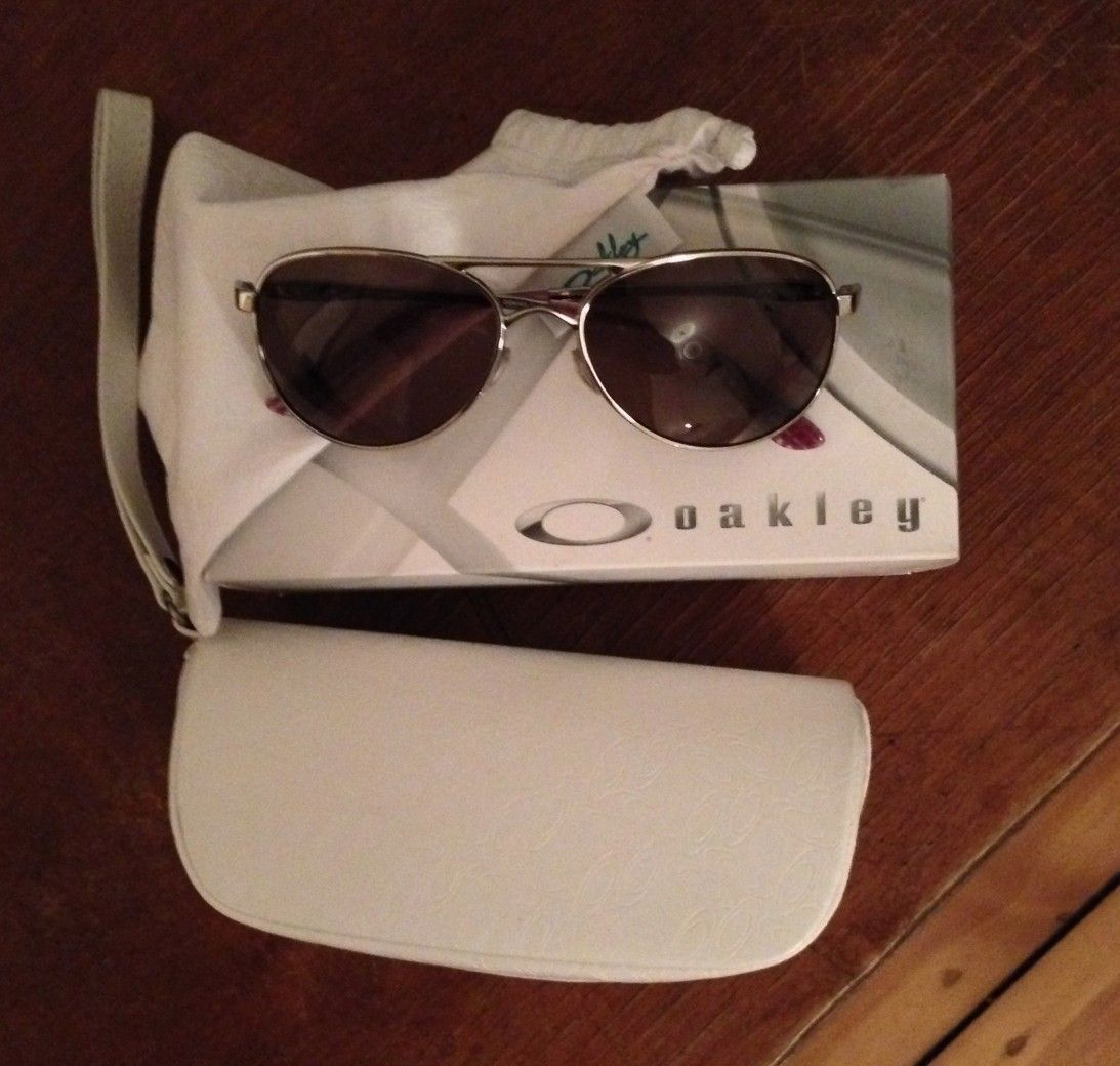 First Pair For My Gf - Oakley_Given.jpg