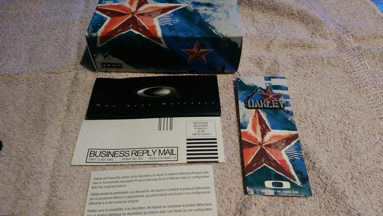 Hijinx Propaganda 24-091 - Black Polarized - Oakley_Hijinx_Box.jpg