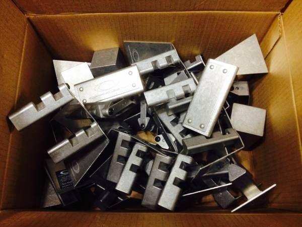 [Group Buy] Oakley Display Pieces - oakley_stuff.jpg