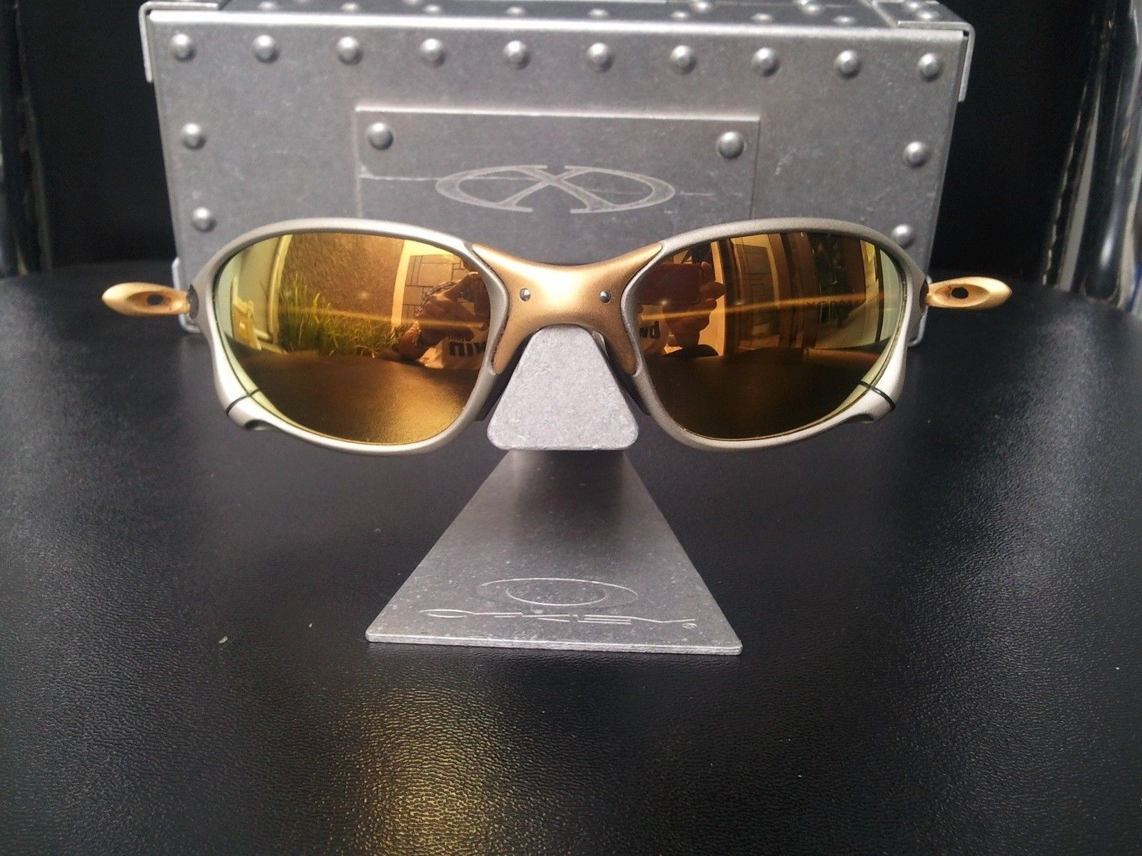 Oakley Forum 10,000 Member Giveaway - Oakley_XMetal_XX_24K_Sunglasses_2.JPG