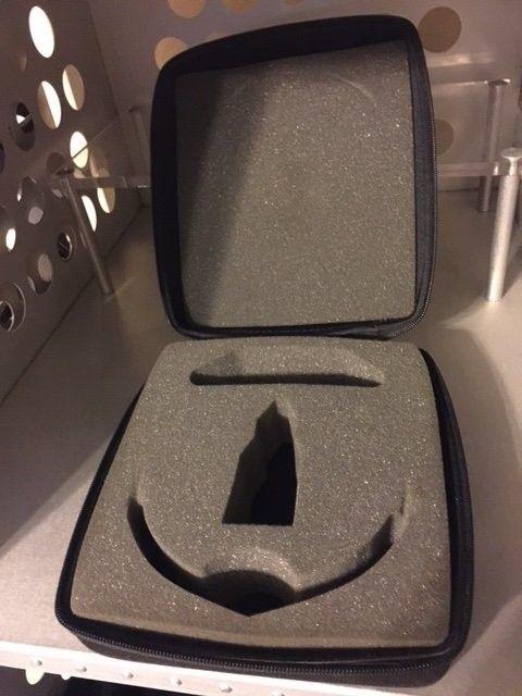 Racing/Water Jacket Zippered Case SOLD - OakleyCase.JPG