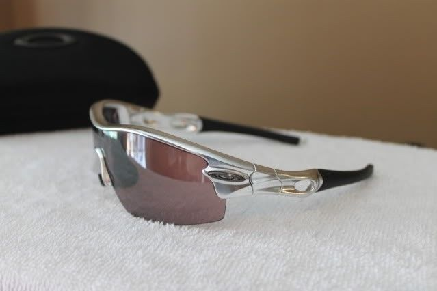 Polished RAdar Pitch 09-678 USED - oakleycollection7-22-11069.jpg