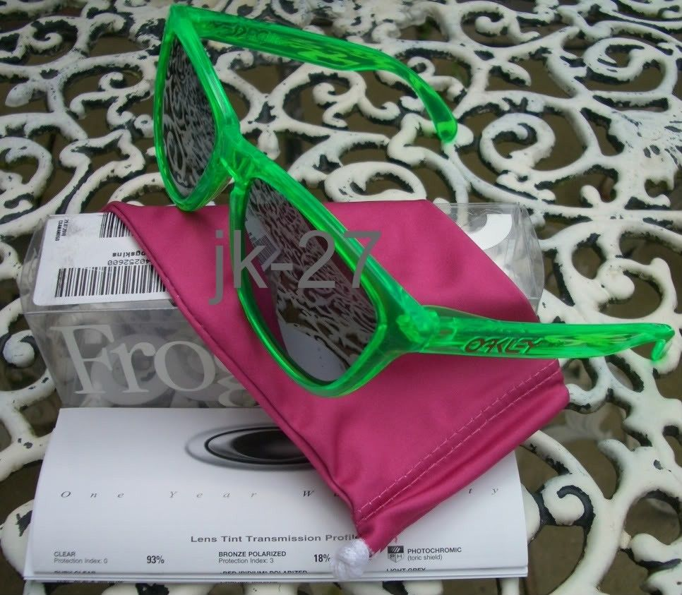 FS: BNIB Oakley Frogskins In Antifreeze W/ Black Iridium - OakleyFrogskinsAntifreeze7.jpg