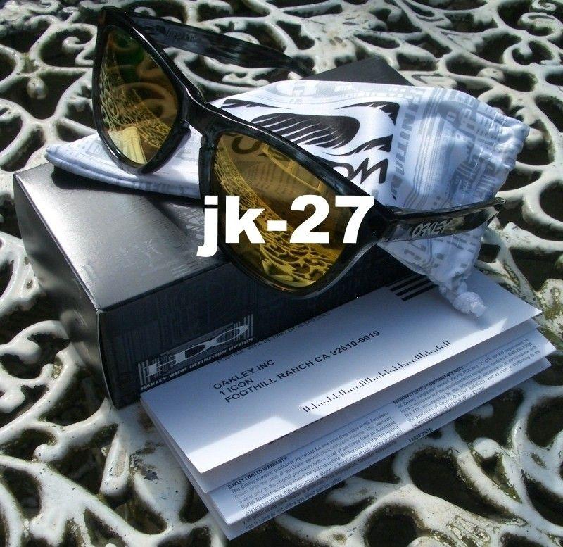 Frogskins For Sale...Mastermind, Beauty & Youth, Rag & Bone, Skate Deck & More - OakleyFrogskinsCustom5_zps4672d03d.jpg