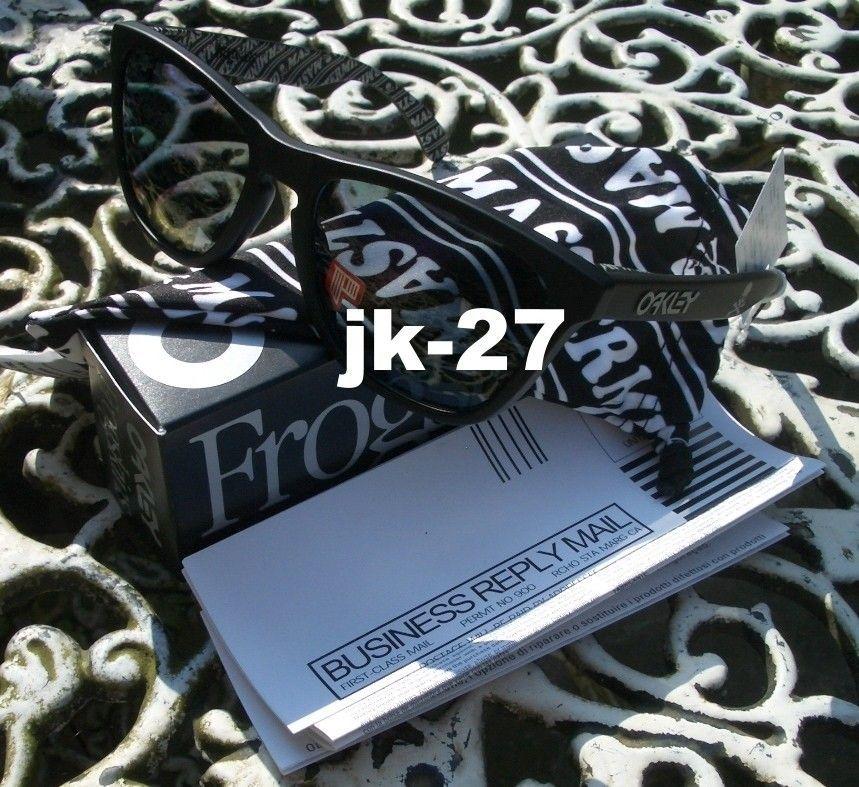Frogskins For Sale...Mastermind, Beauty & Youth, Rag & Bone, Skate Deck & More - OakleyFrogskinsMastermindMatte6_zpsbcddf54e.jpg