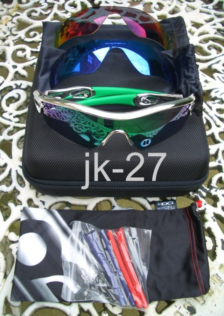 FS: BNIB Oakley Radar Path BMX Chrome With Extra Lenses And Earsocks - OakleyRadarChrome7.jpg