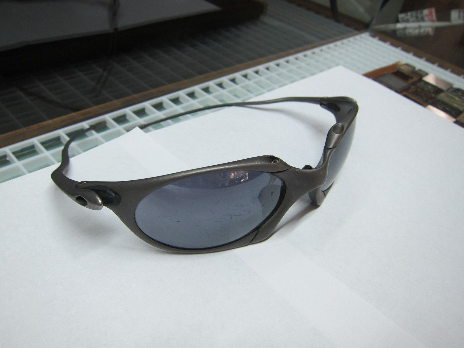 Oakley X-metal Romeo 1 Authentic? - oakleyromeo1-right.JPG