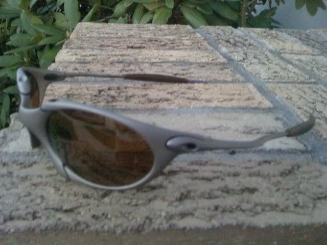 Want To Trade For: Ducati Juliets Or Carbon Frame Juliets - oakleyromeo3.jpg