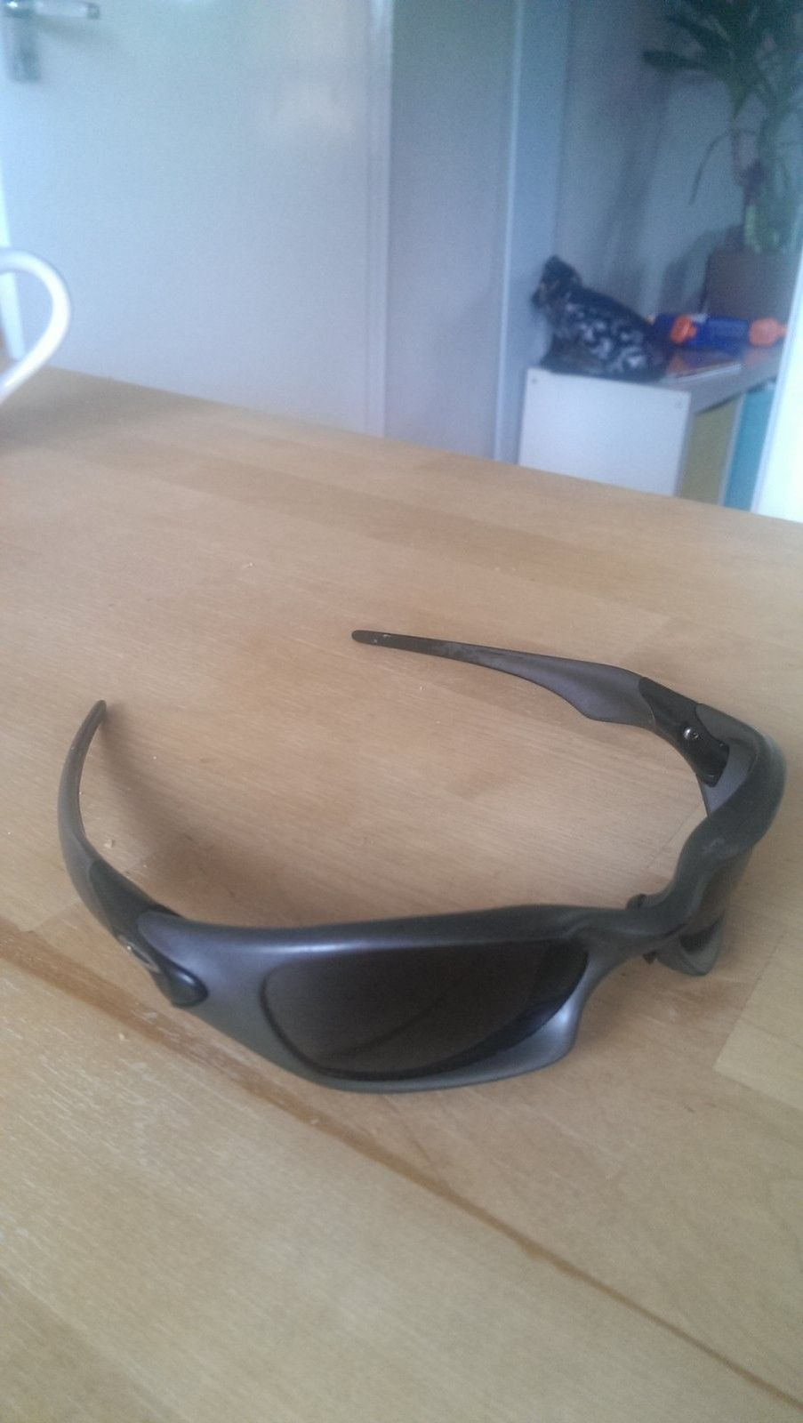 What model do I have - oakleys.jpg
