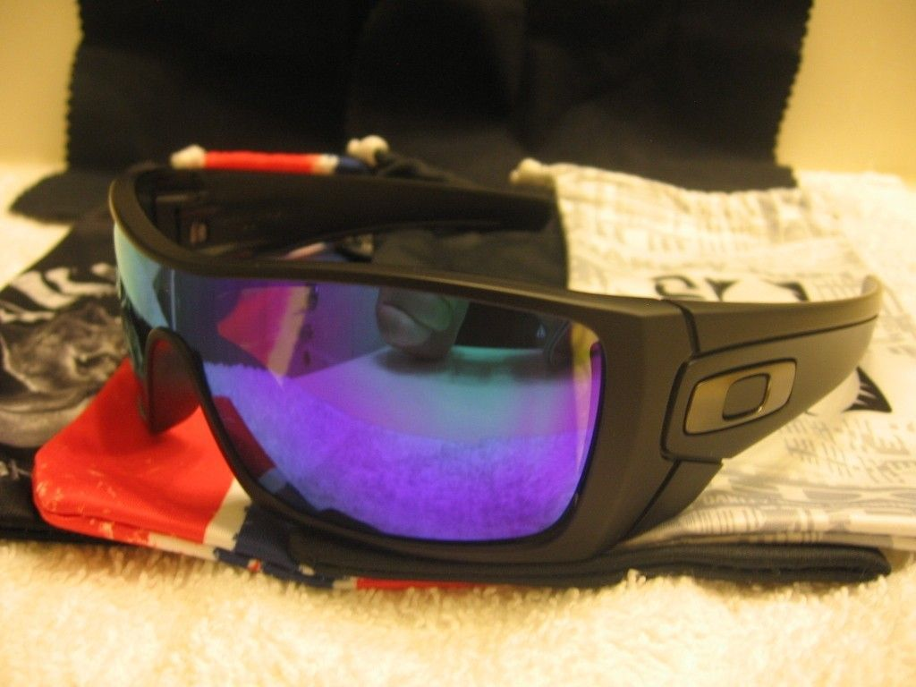 My Small But Growing Collection - Oakleys068_zps498b30eb.jpg