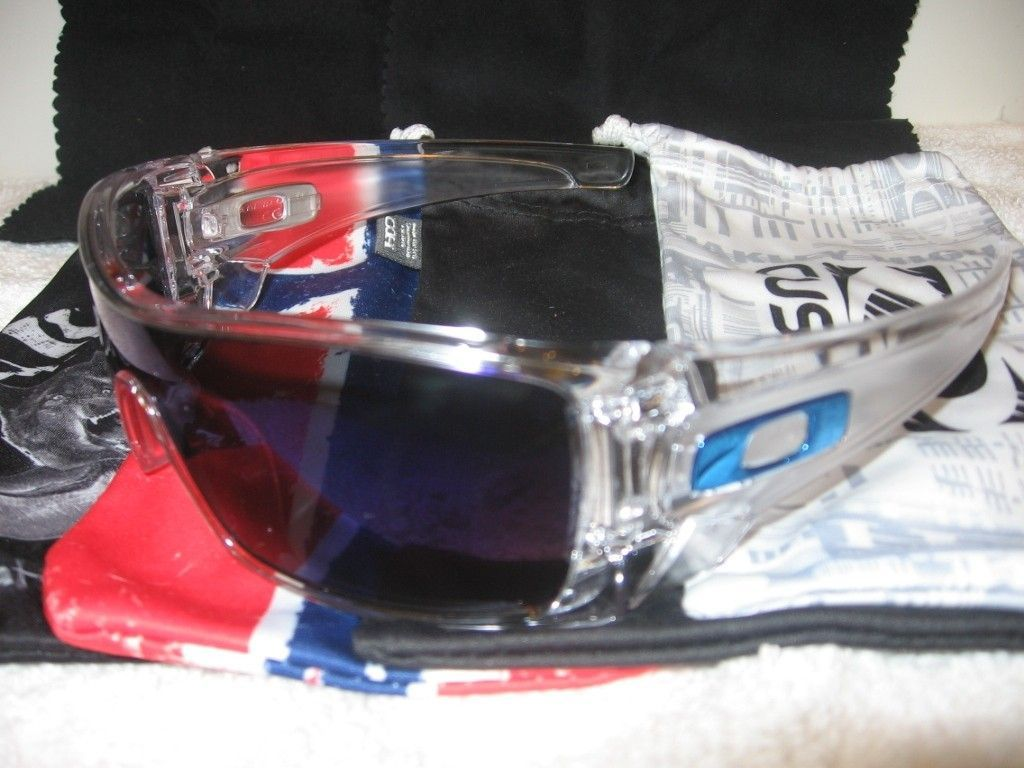 My Small But Growing Collection - Oakleys075_zps841ca28d.jpg
