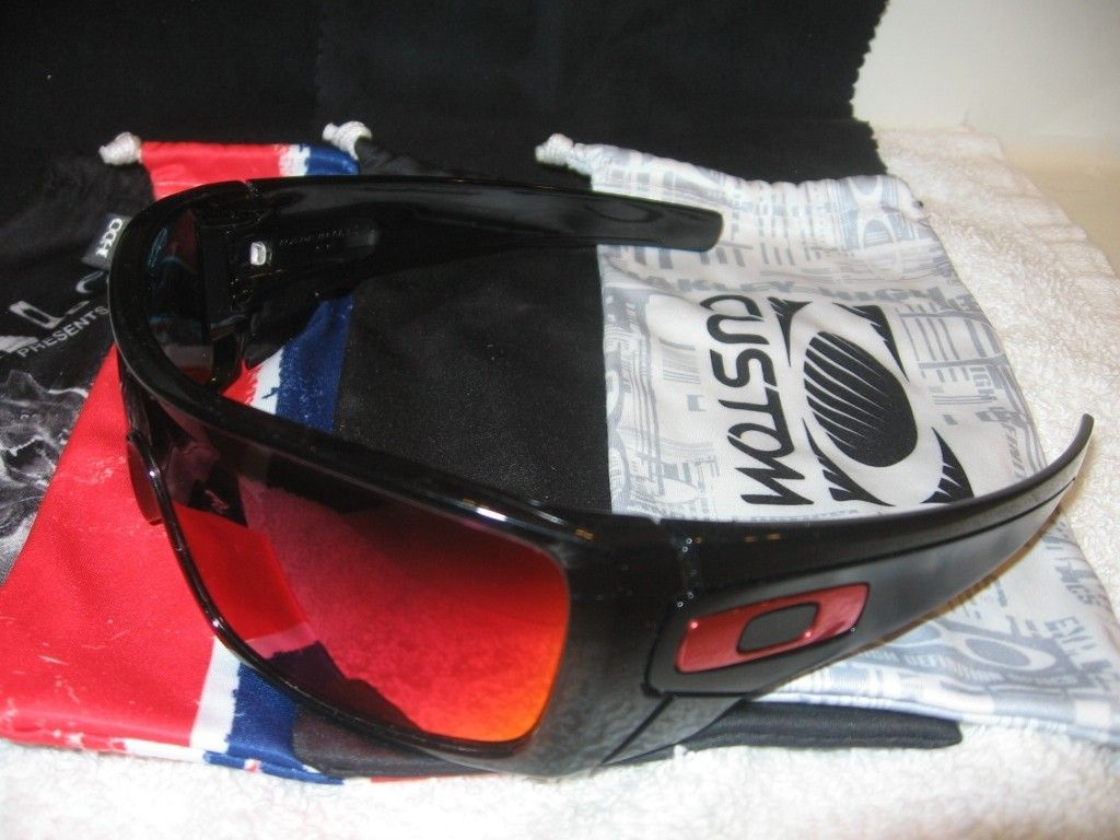 My Small But Growing Collection - Oakleys078_zpsb2b452b5.jpg