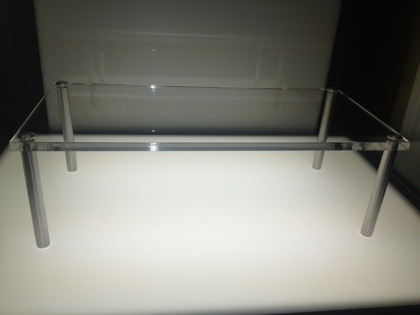 Brand New Oakley Acrylic Display Shelf $45.00 Shipped To USA - oakleyshelf01.jpg