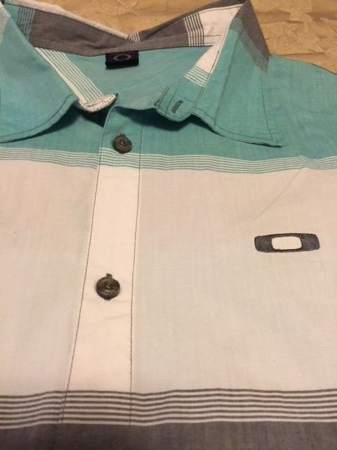 Oakley Button up Short sleeve Shirt XXL - OakleyShirt.JPG
