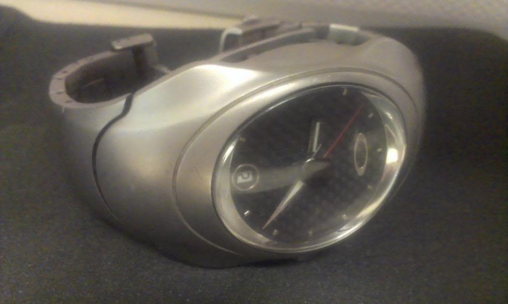 Oakley Carbon Fiber Timebomb 1 - OakleyTBFace_zps46f56bc9.jpg