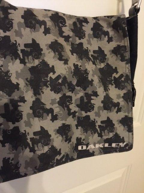 Oakley Messenger Bag Black Denim Material SOLD - Obag3.JPG