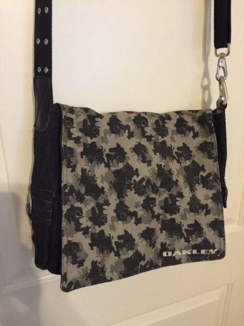 Oakley Messenger Bag Black Denim Material SOLD - Obag5.JPG