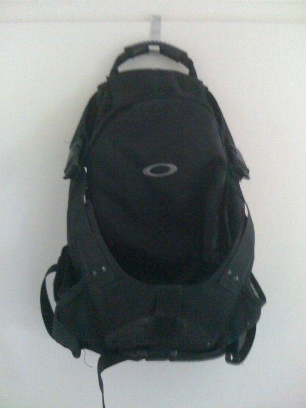 Oakleynerd's N° 3000 yeeha - obags1.jpg