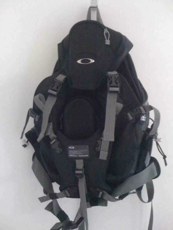 Oakleynerd's N° 3000 yeeha - obags2.jpg
