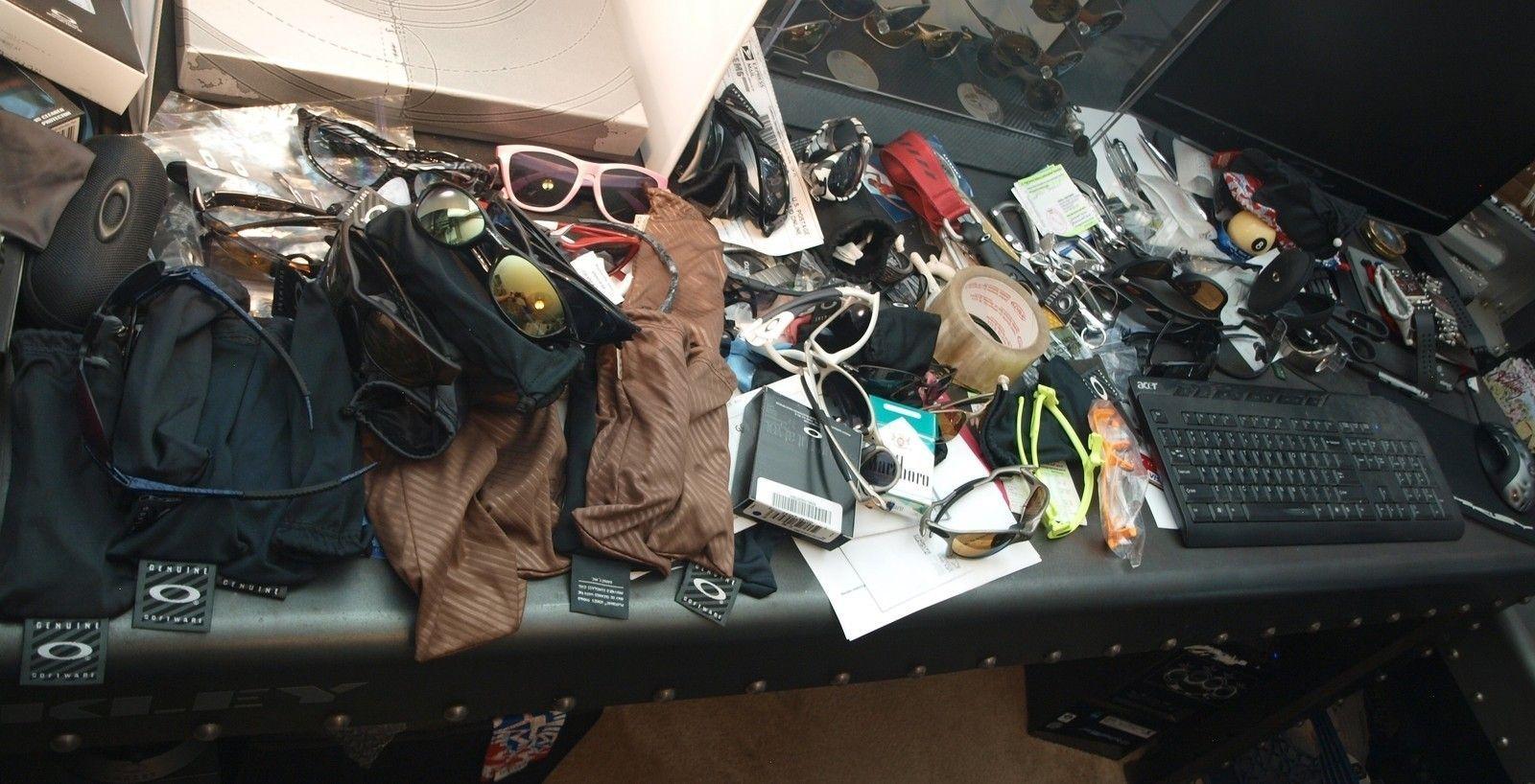 Why I Am A Shelf Whore... - office086.jpg