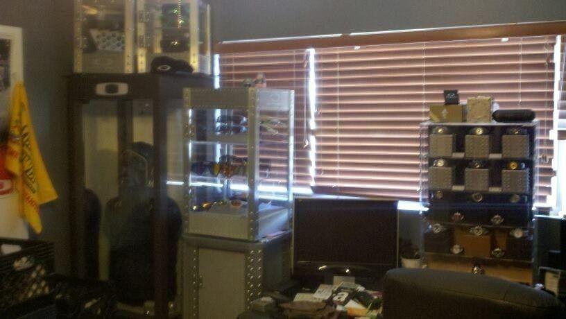 FearGearGarage ~ NEW OFFICE SET UP - officewalla.jpg