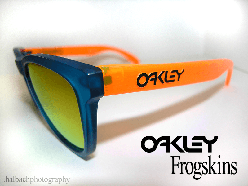 Blue/Orange Blacklight Frogskin Photography - ofs2.png