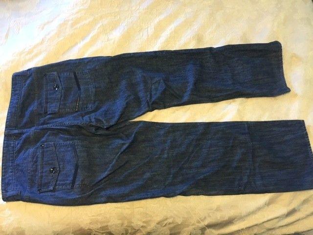 Oakley Jeans 40x32 - Ojeans2.JPG