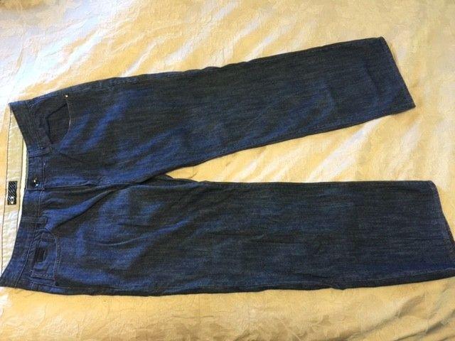 Oakley Jeans 40x32 - Ojeans4.JPG
