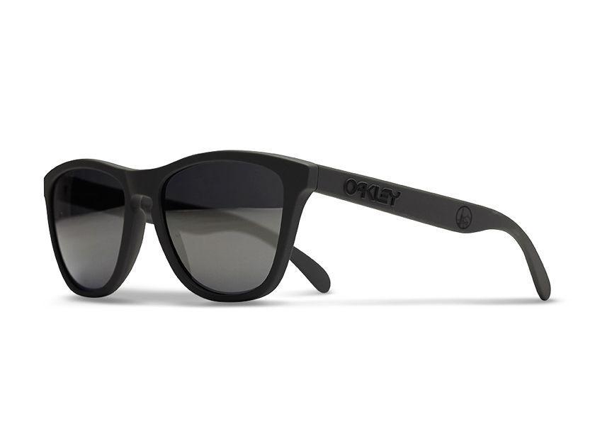 """Fragment Design X Oakley """"Buena Vista"""" Frogskins - okaley-buena-vista-frogskins-sunglasses-001.jpg?w=1410"""