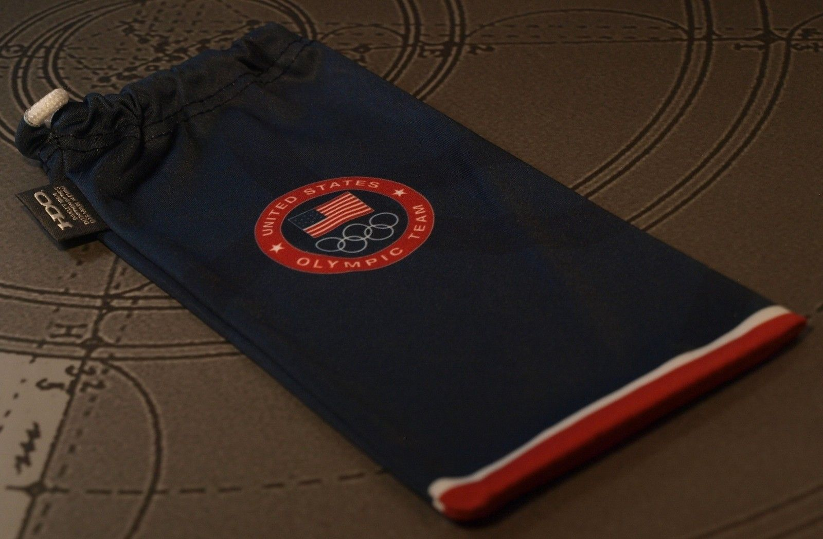 OAKLEY Olympic Microfiber Bag - olympicmicro.jpg