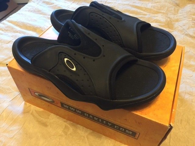 Oakley SMOKE Sandals Sz 13 Black NEW - Oshoes.JPG