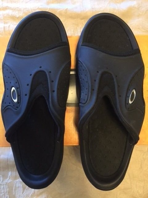 Oakley SMOKE Sandals Sz 13 Black NEW - Oshoes2.JPG