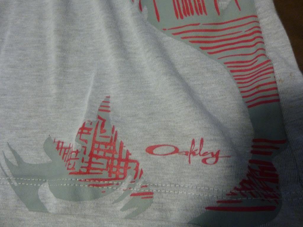 Womens Oakley Organic Cotton Shirt - P1000642_zpsa9f39502.jpg