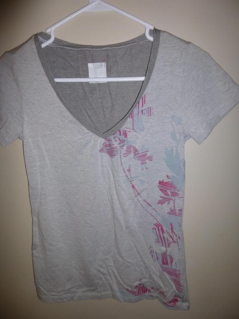 Women's Oakley Shirts / Scrub Tops - P1000760_zps02890e05.jpg