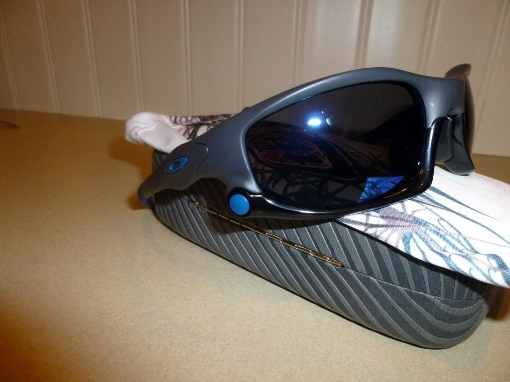 Custom Split Jackets And Custom Jawbone $150 OBO - P1000925_zps95ea625a.jpg